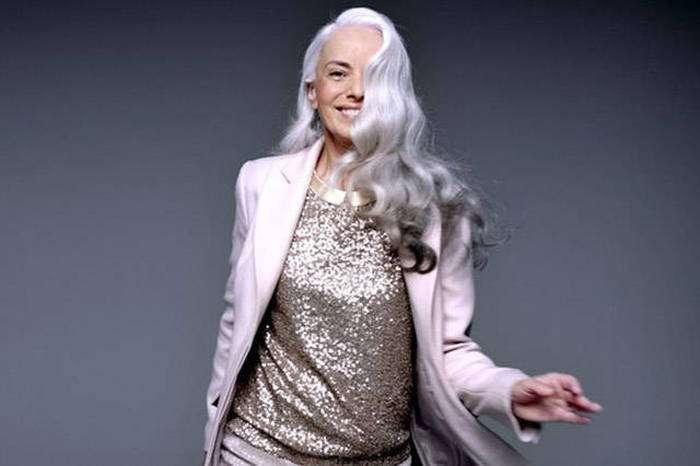 Ясміна Россі – 59-річна модель, фігурі якій позаздрить чимало дівчат (20 фото)