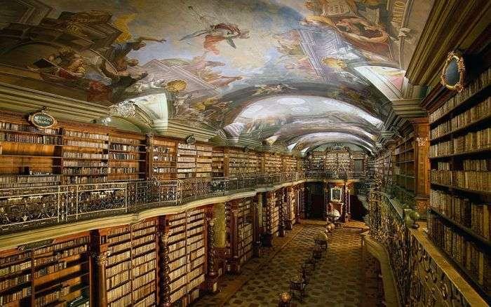 Національна бібліотека Чеської Республіки – одна з найкрасивіших бібліотек у світі (7 фото)