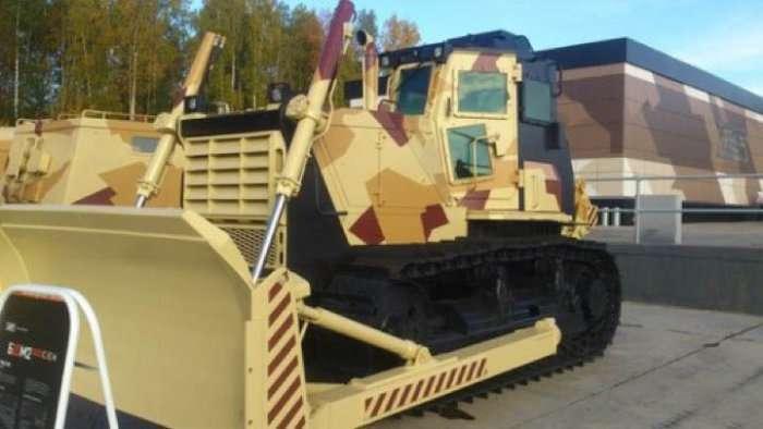 Броньований бульдозер Б10М2.5000СЗ-Е1Н від Челябінського тракторного заводу (4 фото)