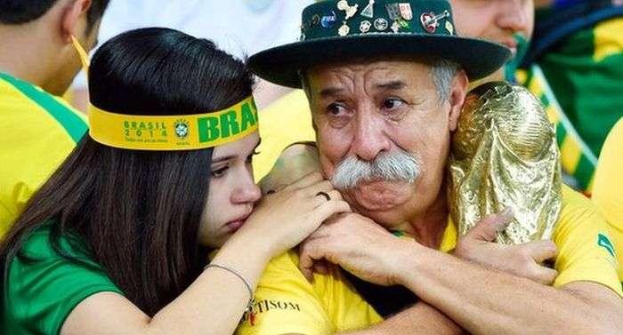 Помер найвідоміший уболівальник збірної Бразилії з футболу (3 фото)
