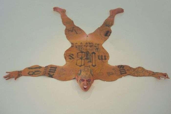 Підлогові килимки з кровожерливих «звірів» (8 фото)
