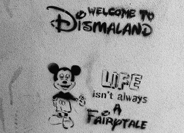 У Великобританії відкрився похмурий «Діснейленд» - Dismaland (21 фото)