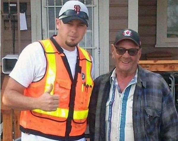 Волонтери привели в порядок будинок літнього американця (6 фото)