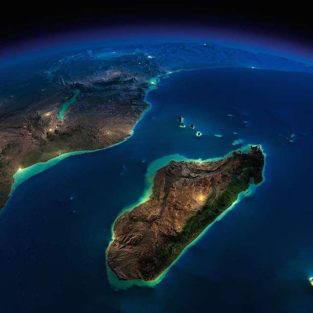 Нічні фото Землі, зроблені з космосу (25 фото)