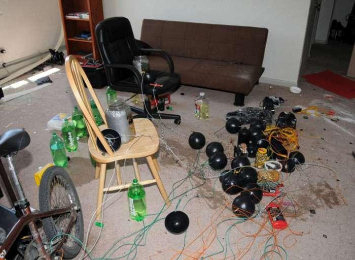 «Прощальний сюрприз» у квартирі вбивці Джеймса Холмса (7 фото)