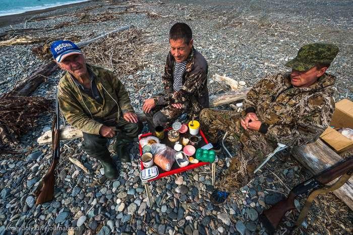 Видобуток риби і виробництво червоної ікри в рибальському селищі Магадана (36 фото)