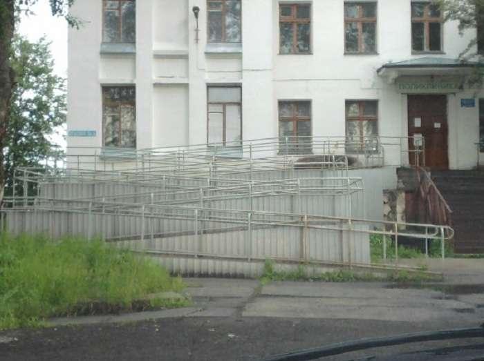Пандуси, якими неможливо користуватися (20 фото)