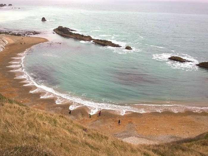 Загадковий пляж (5 фото)