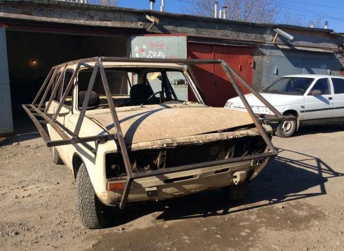 Житель Таганрога перетворив ВАЗ-2106 в саморобний танк і виставив на продаж (6 фото)