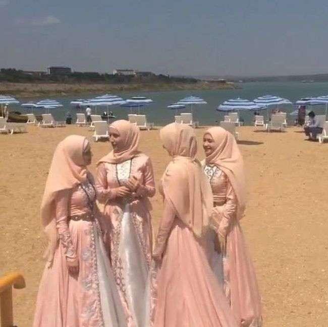 У Грозному відкрився перший жіночий пляж (5 фото + відео)