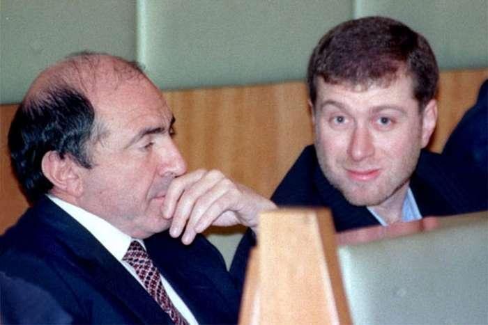 Великі російські бізнесмени в 90-х (16 фото)