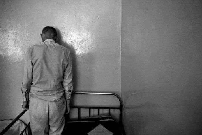 Психіатрична лікарня. Погляд зсередини (20 фото)