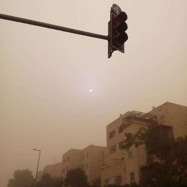 На Ізраїль піщана буря обрушилася (21 фото)