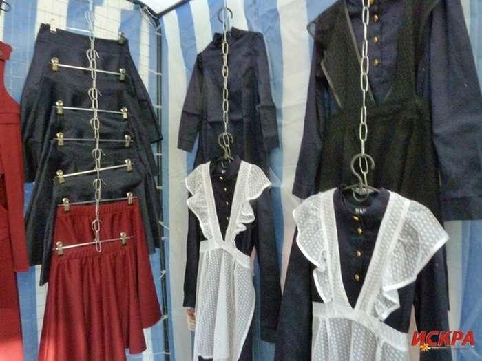 Школярів Севастополя пропонують одягнути у форму доби царської Росії (6 фото)