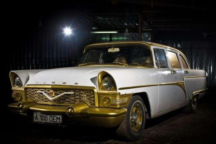Відреставровані вітчизняні авто (9 фото)