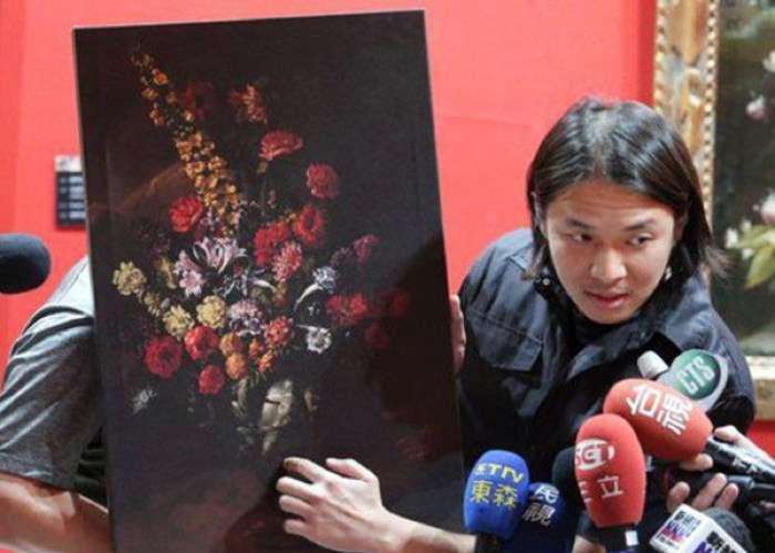 На Тайвані 12-річний хлопчик випадково порвав картину вартістю 1,5 мільйона доларів (2 фото + відео)