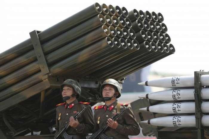 На кордоні між КНДР і Республікою Корея знову неспокійно (16 фото)