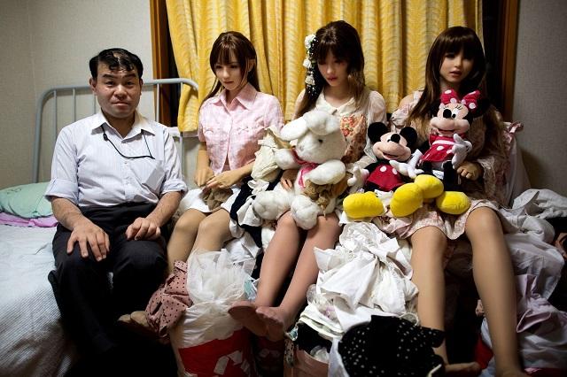 В Японии растет число великовозрастных девственников Интересное