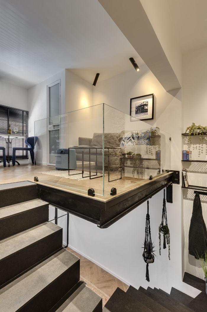 Креативно и интересно: маленькая квартира для холостяка двухуровневая квартира,интерьер и дизайн,квартира,маленькое пространство