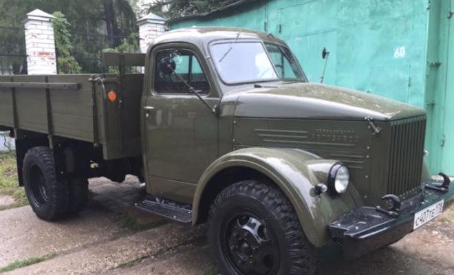 Мужчина нашел грузовик ГАЗ и довел его до идеала автомобиль,газ,грузовик,Пространство,реставрация