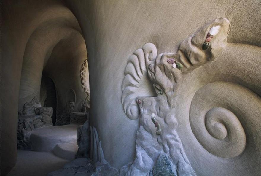 Можно лишиться дара речи, увидев, что в одиночку сделал этот старик интерьер и дизайн,искусство,пещеры